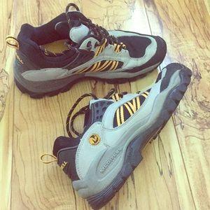 Merrell walking shoes women's size 7.5 gray/yellow
